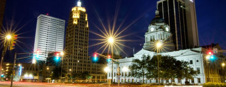 Learn about Fort Wayne Indiana community fun activities in summer & winter