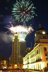 Fort Wayne Indiana community fireworks fun summer activities