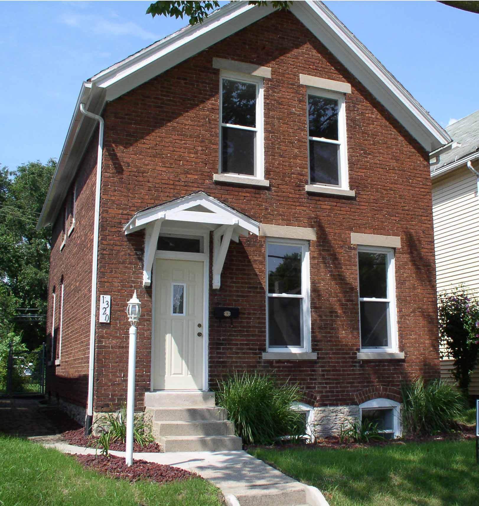 Jamestown Apartments Fort Wayne Floor Plans: Solid Brick 2 Or 3 Bed Fort Wayne Home W/ Daylight